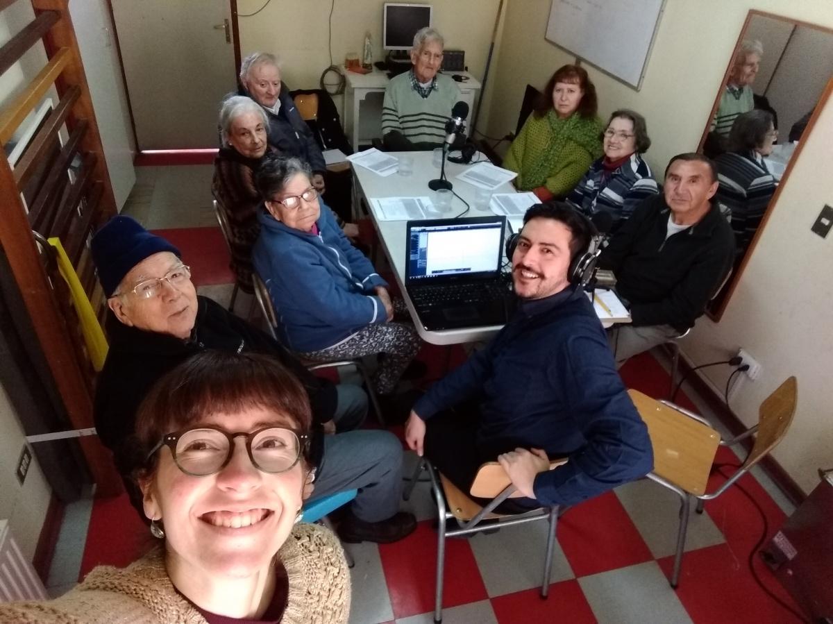 """Proyecto de Radio en Residencia """"El Club"""". Autora ps. Patricia Pinto y ps. SebastianMorales"""